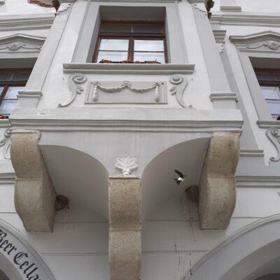 Detail domu na krumlovském náměstí